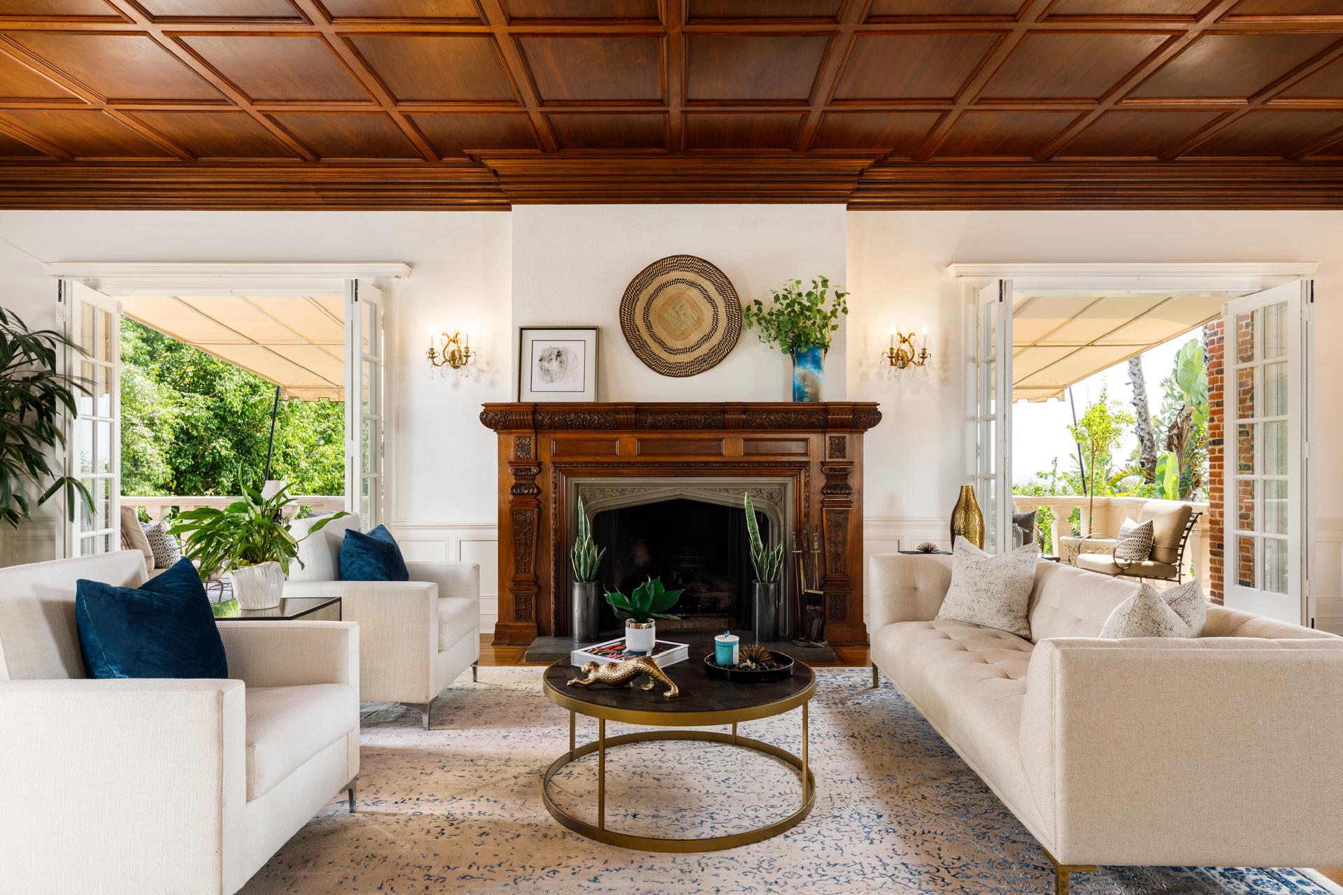 2405 Glendower Avenue     |     Los Feliz Los Angeles CA  | Jonah Wilson