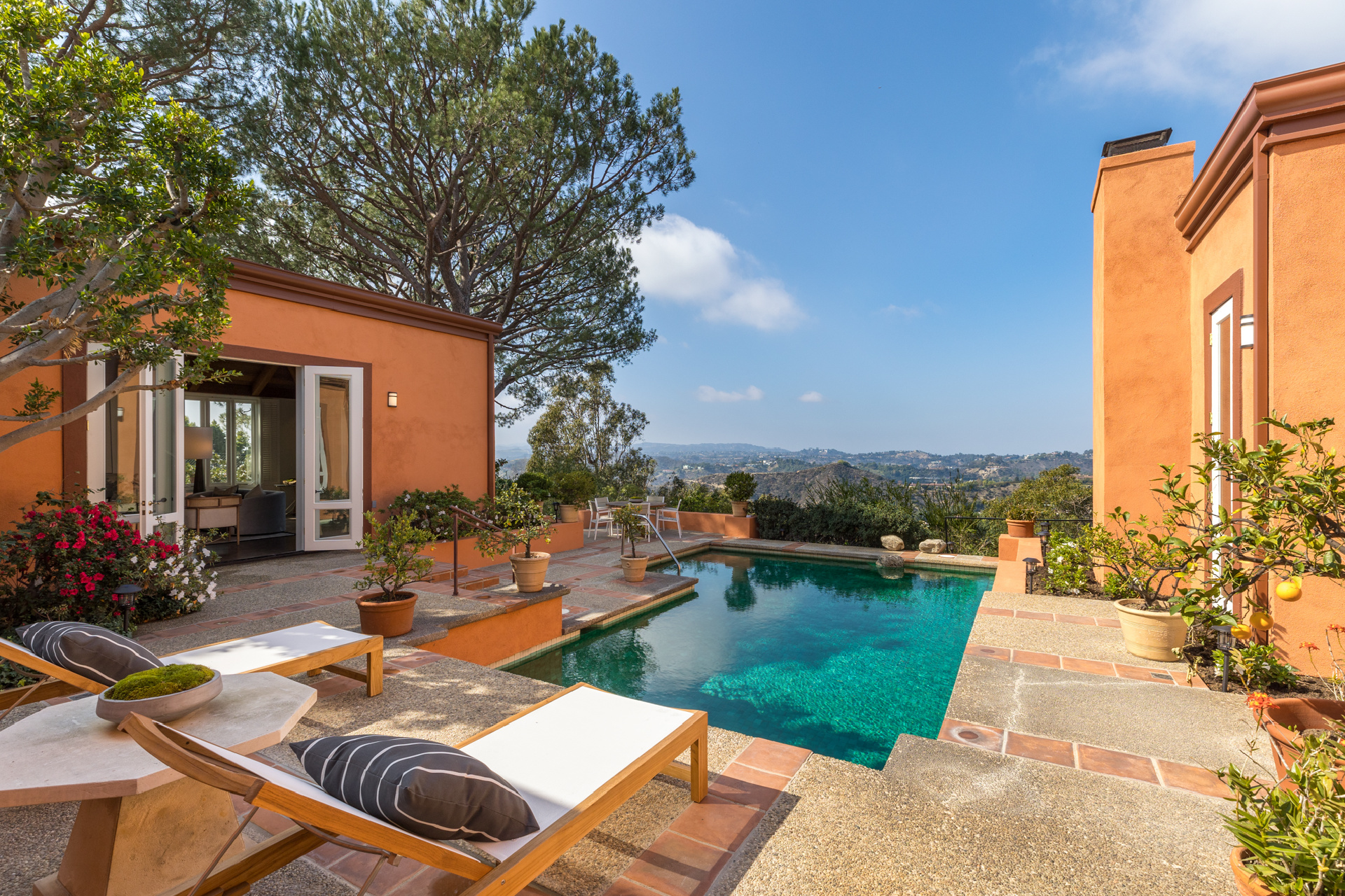 630 Burk Place     |     Trousdale Beverly Hills CA  | Jonah Wilson
