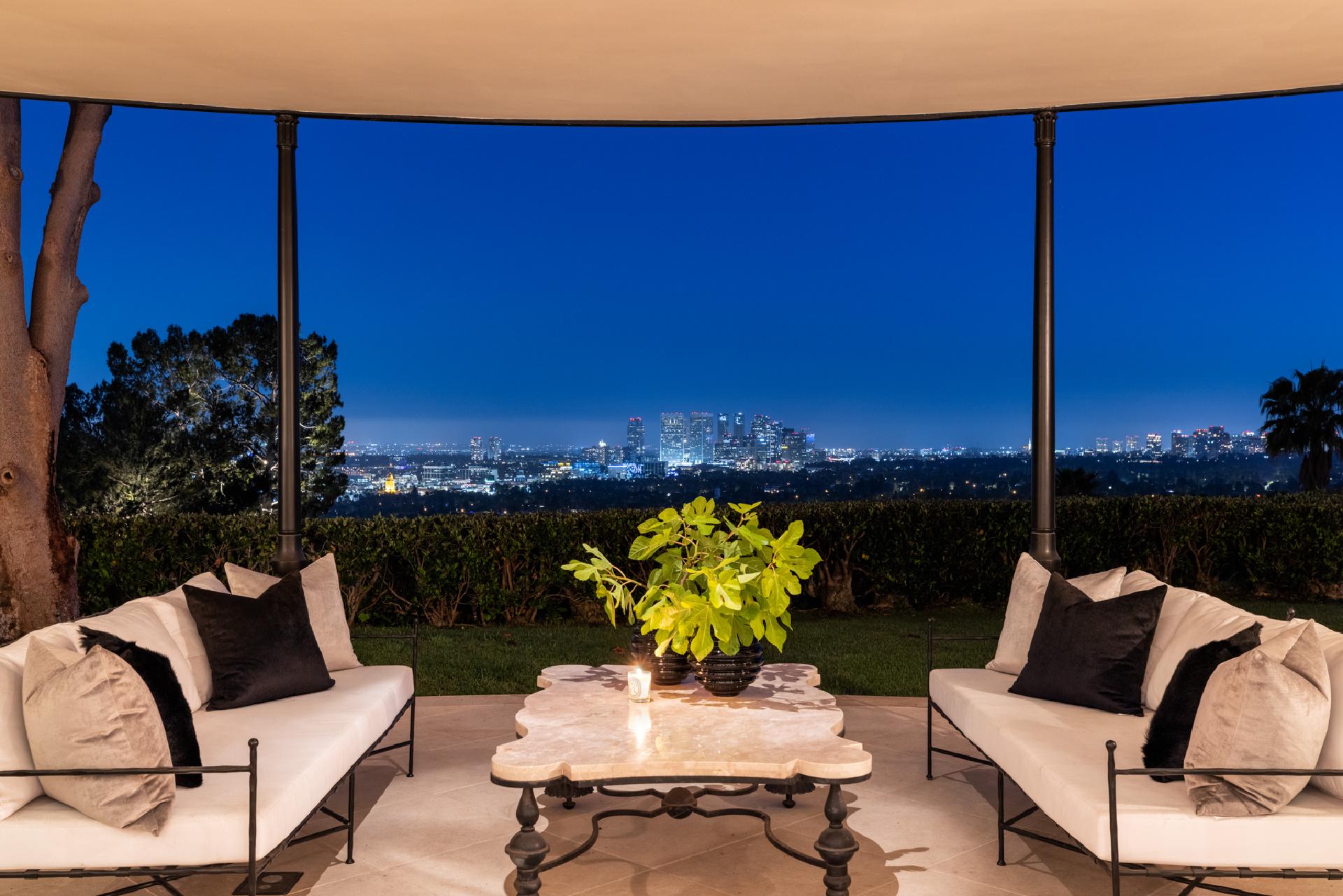 1010 North Hillcrest Road     |     Trousdale Estates Beverly Hills CA  | Jonah Wilson
