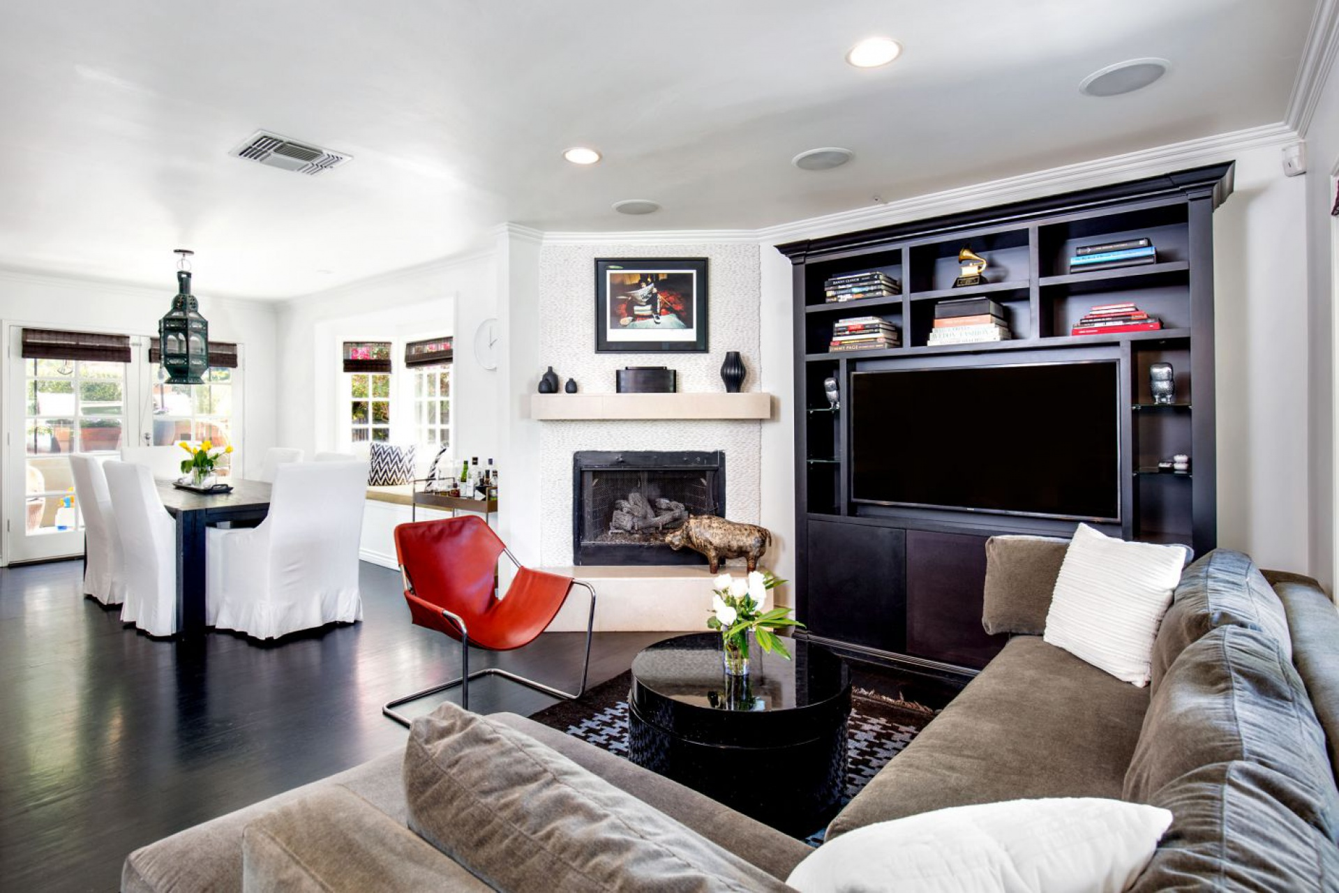 15100 Valley Vista     |     Sherman Oaks Sherman Oaks CA  | Jonah Wilson