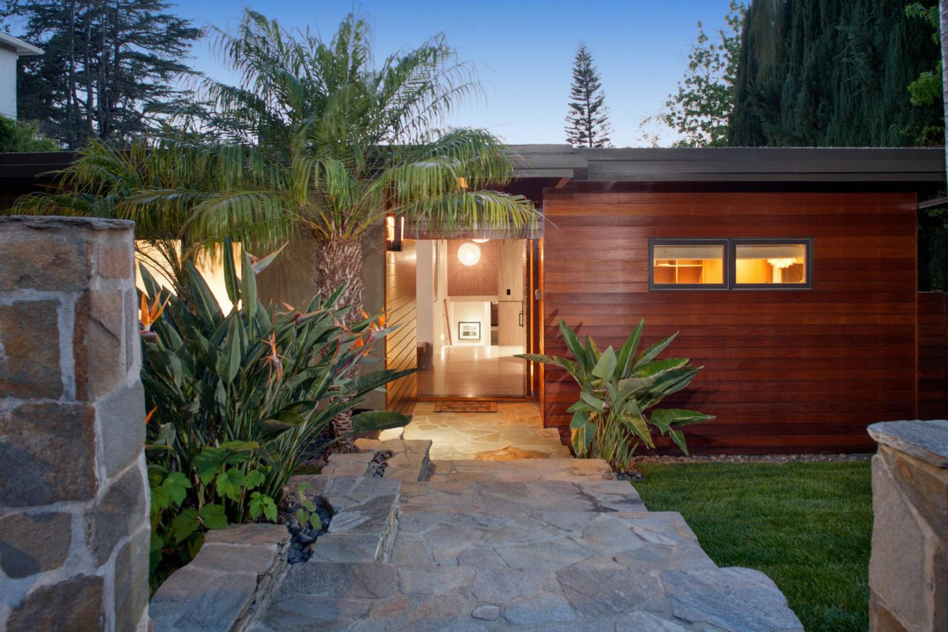 2551 Park Oak   |    Los Feliz The Oaks CA  | Jonah Wilson